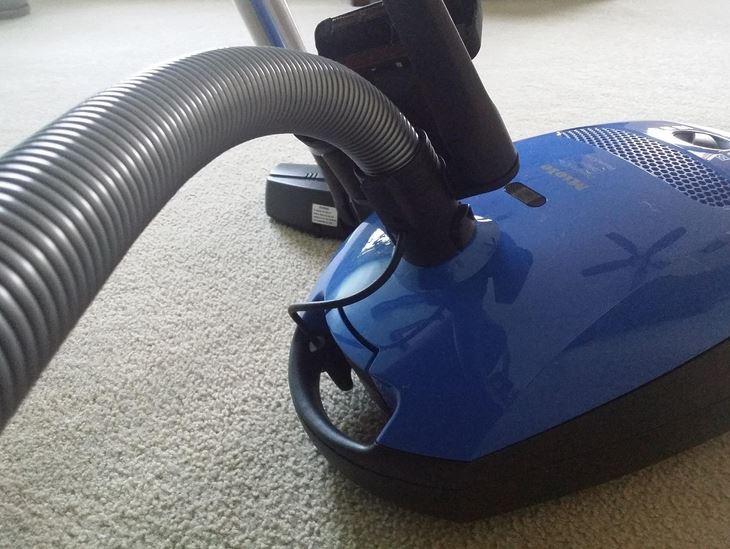 Miele Classic C1 Delphi Vacuum Cleaner