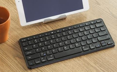 Anker Ultra Compact Slim-Profile Wireless Bluetooth Keyboard