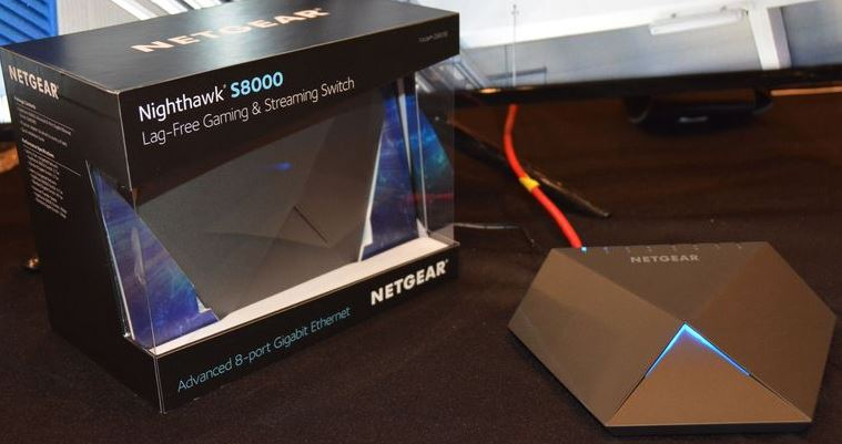 Netgear Nighthawk S8000 box