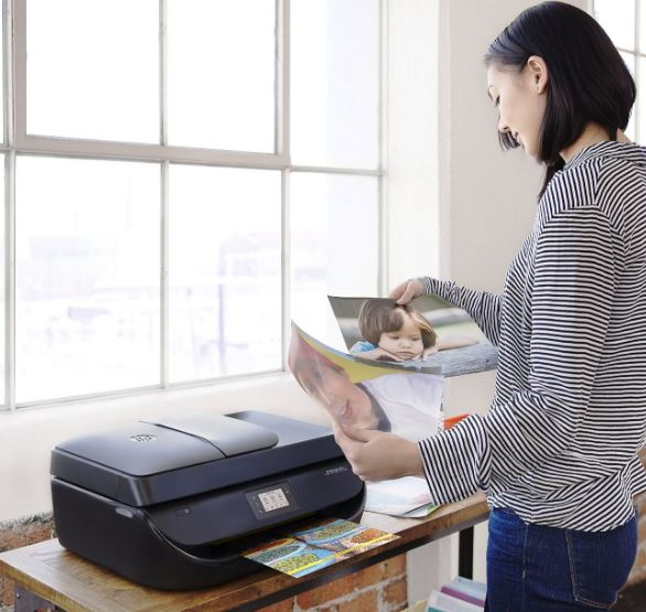 HP OfficeJet 4650 Wireless All-in-One Photo Printer Review