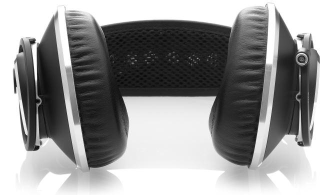 AKG Pro Audio K872