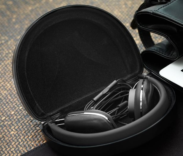 Bowers and Wilkins P3 S2