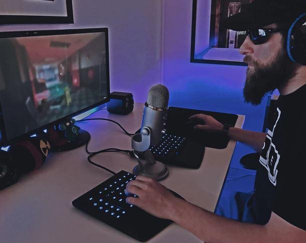 split-gaming-keyboards