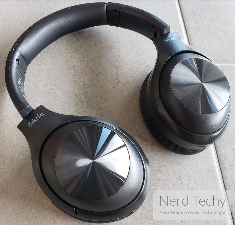 Review of the iTeknic Over Ear Bluetooth Headphones Nerd Techy