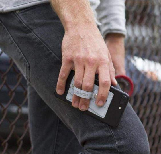 Monet Slim Wallet Grip