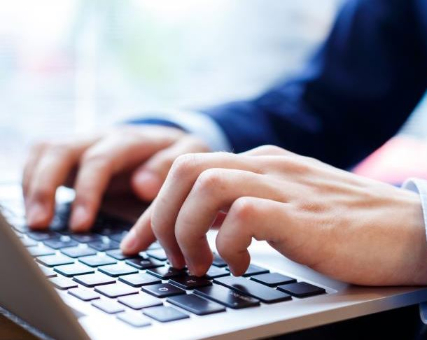 typing-an-email