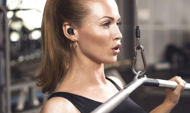 sweatproof-earbuds