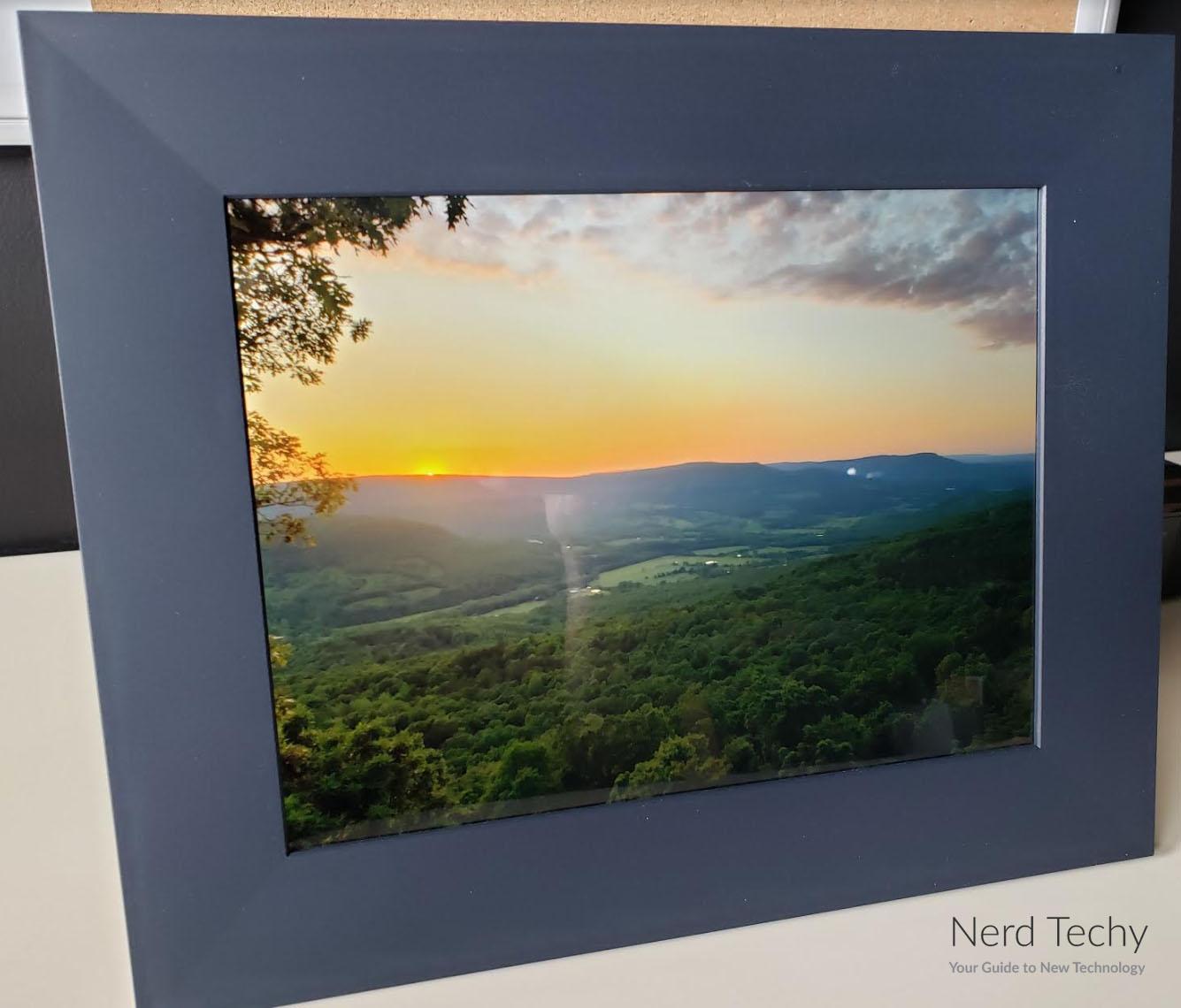 Aura Frames Sawyer