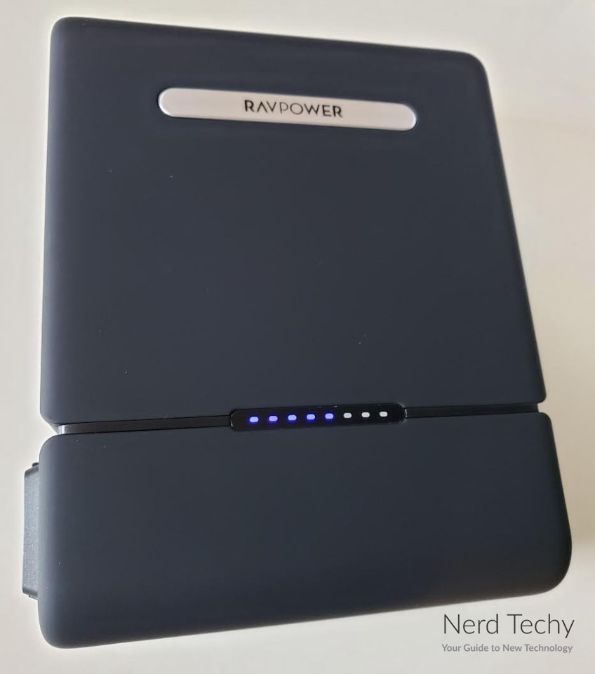 ravpower RP-PB055 30000 ac charger