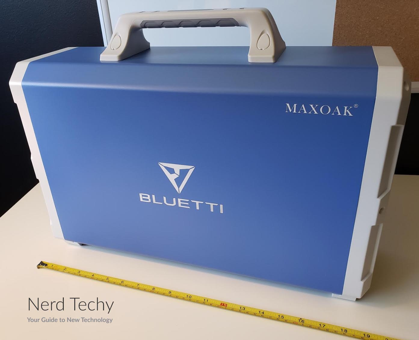 Maxoak Bluetti EB240