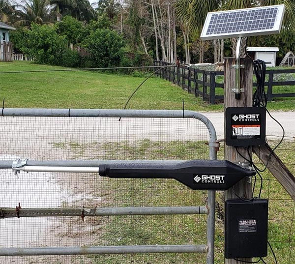 Solar-Powered-Automatic-Gate-Opener-Kit