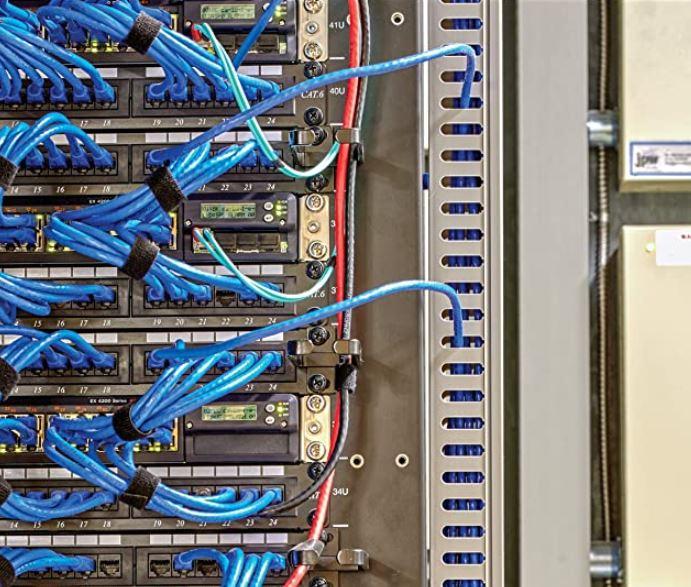 server-rack-cable-management