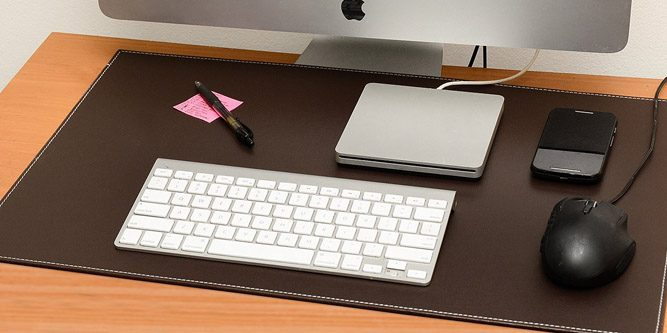 Guide To The Best Leather Desk Pads For The Office
