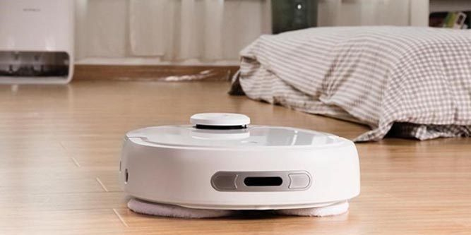 Narwal Self Cleaning Robot Mop Vacuum